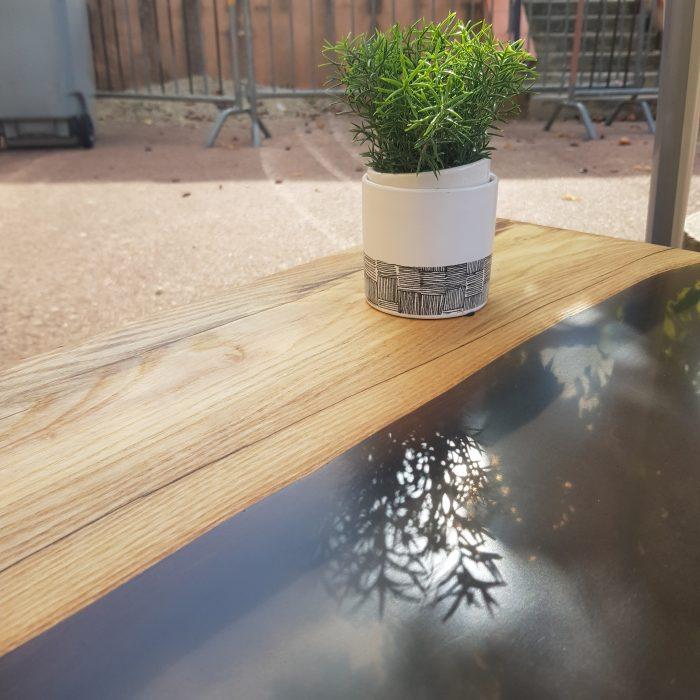Table rivière noire fumée
